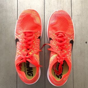 Nike Barefoot Ride 4.0 Florescent Orange Multi